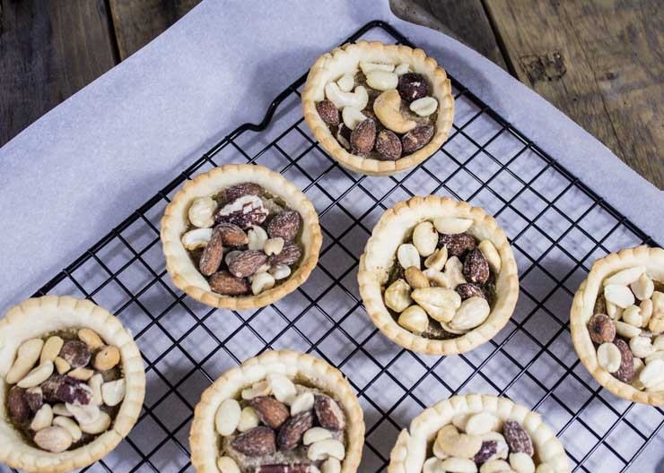 Almond Amaretto Tarts with Nuts and Caramel