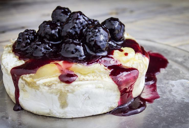Blackberry Baked Brie