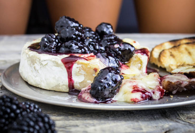 Creamy Blackberry Baked Brie with Toast Points