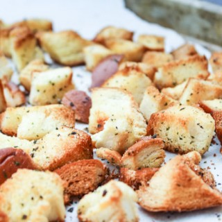 Homemade Crunchy Croutons