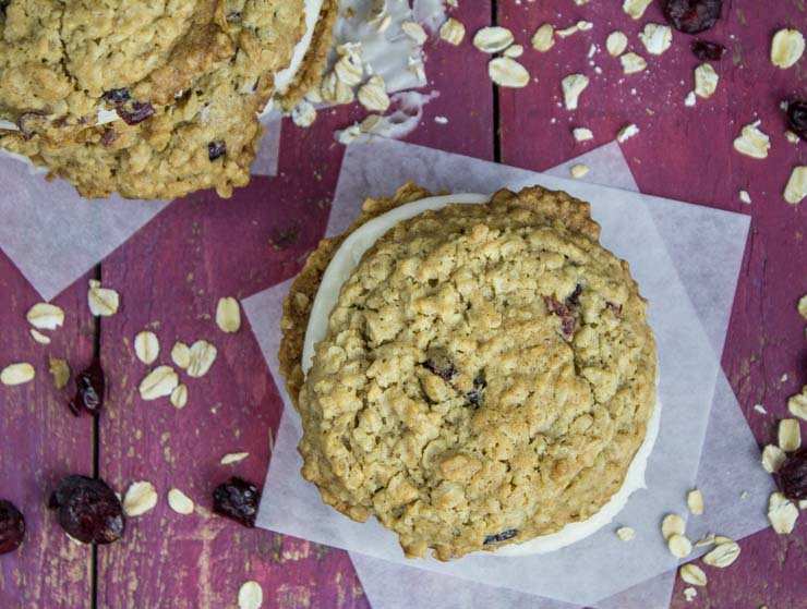 Oatmeal Cranberry Cream Pies