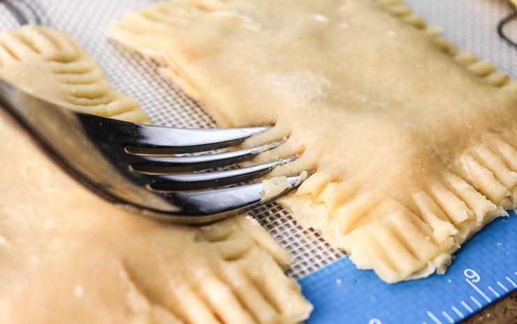 Crimping Pastry Sides