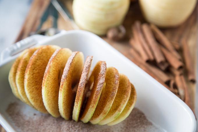 Baked-Apple-Crumble-Dumplings-0366