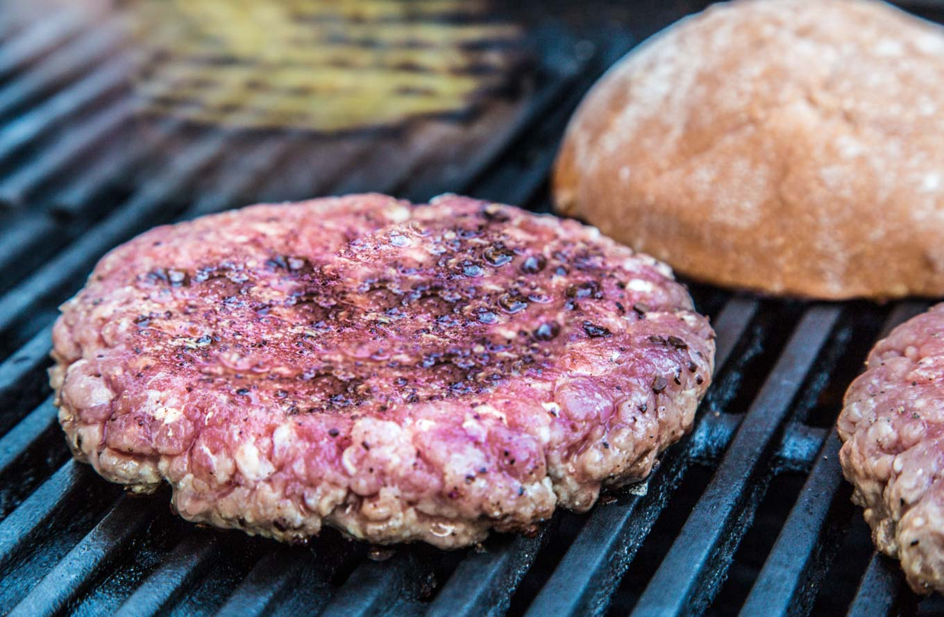 Coffee Crusted Burger on SouthernFATTY.com