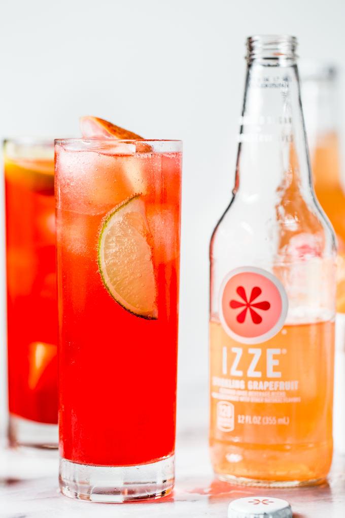 Grapefruit-IZZE-Cocktail-8487
