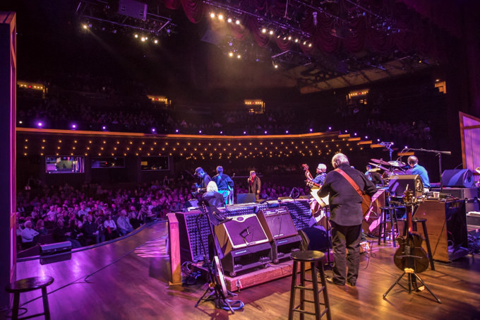 Nashville Classics - Grand Ole Opry Backstage