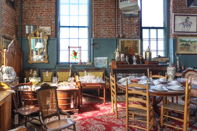 Joe Ley's Antiques in Louisville