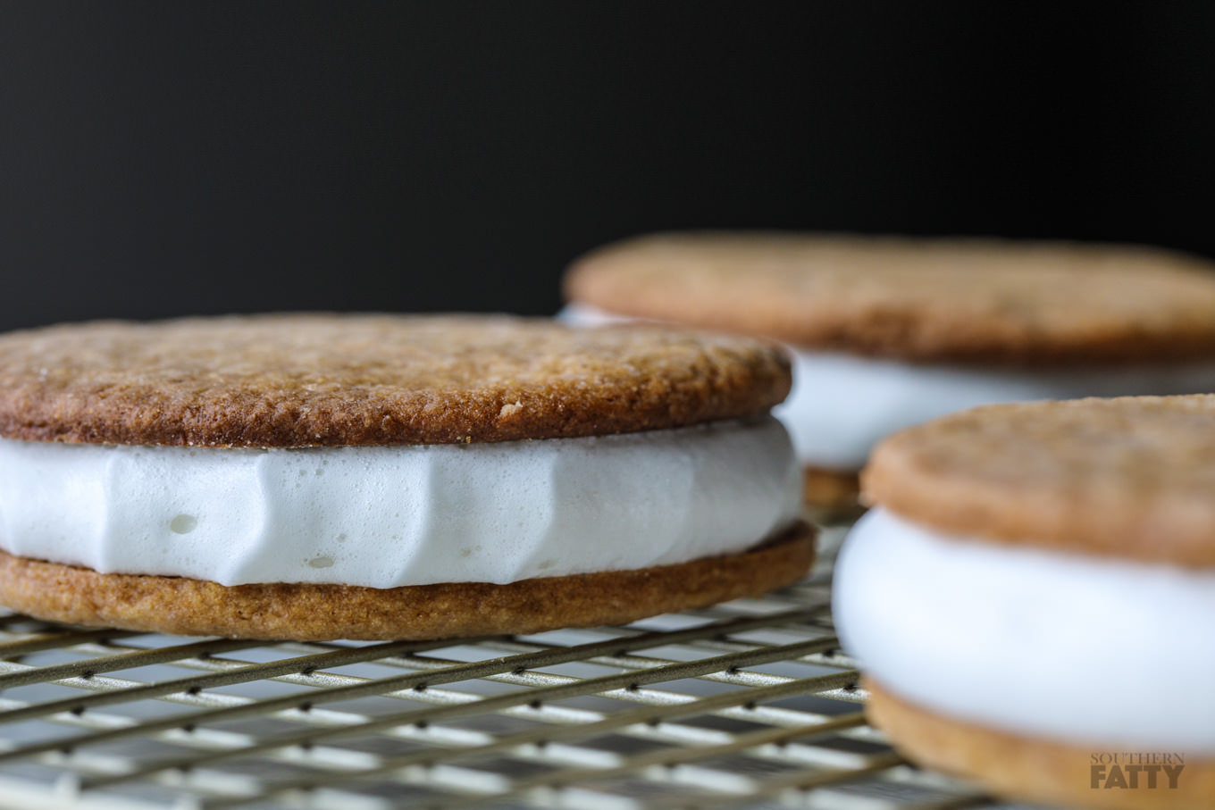 Homemade Moon Pies on SouthernFatty.com