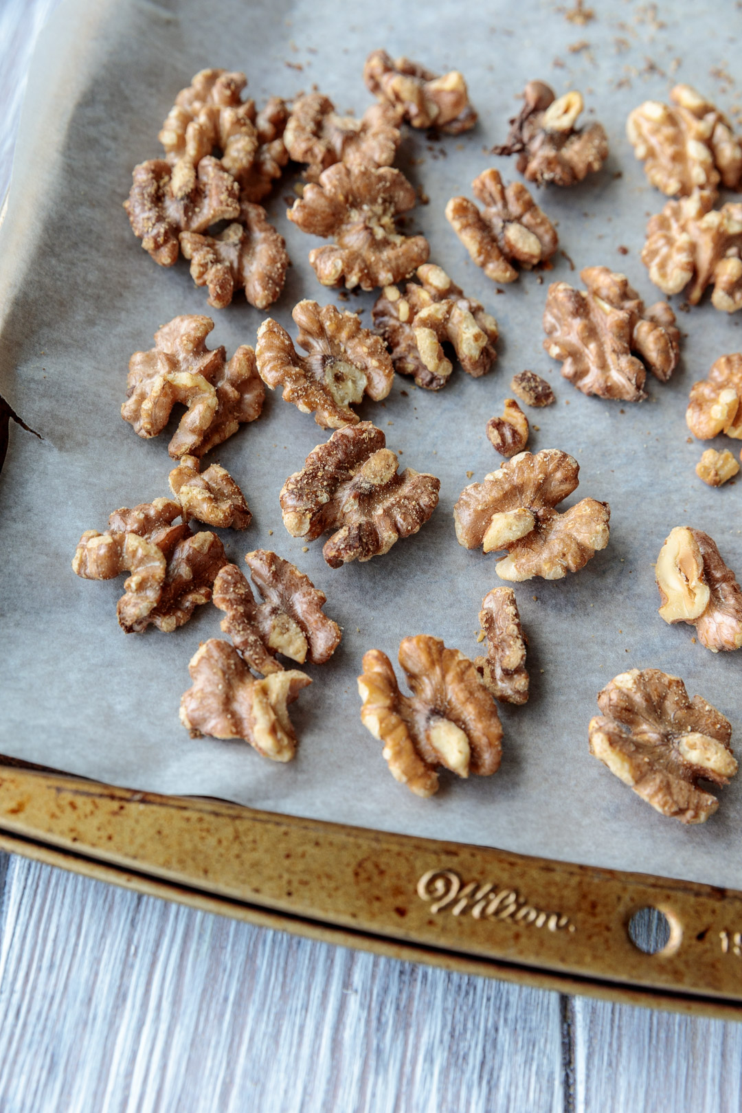 Roasted Walnuts for Pastry Crust